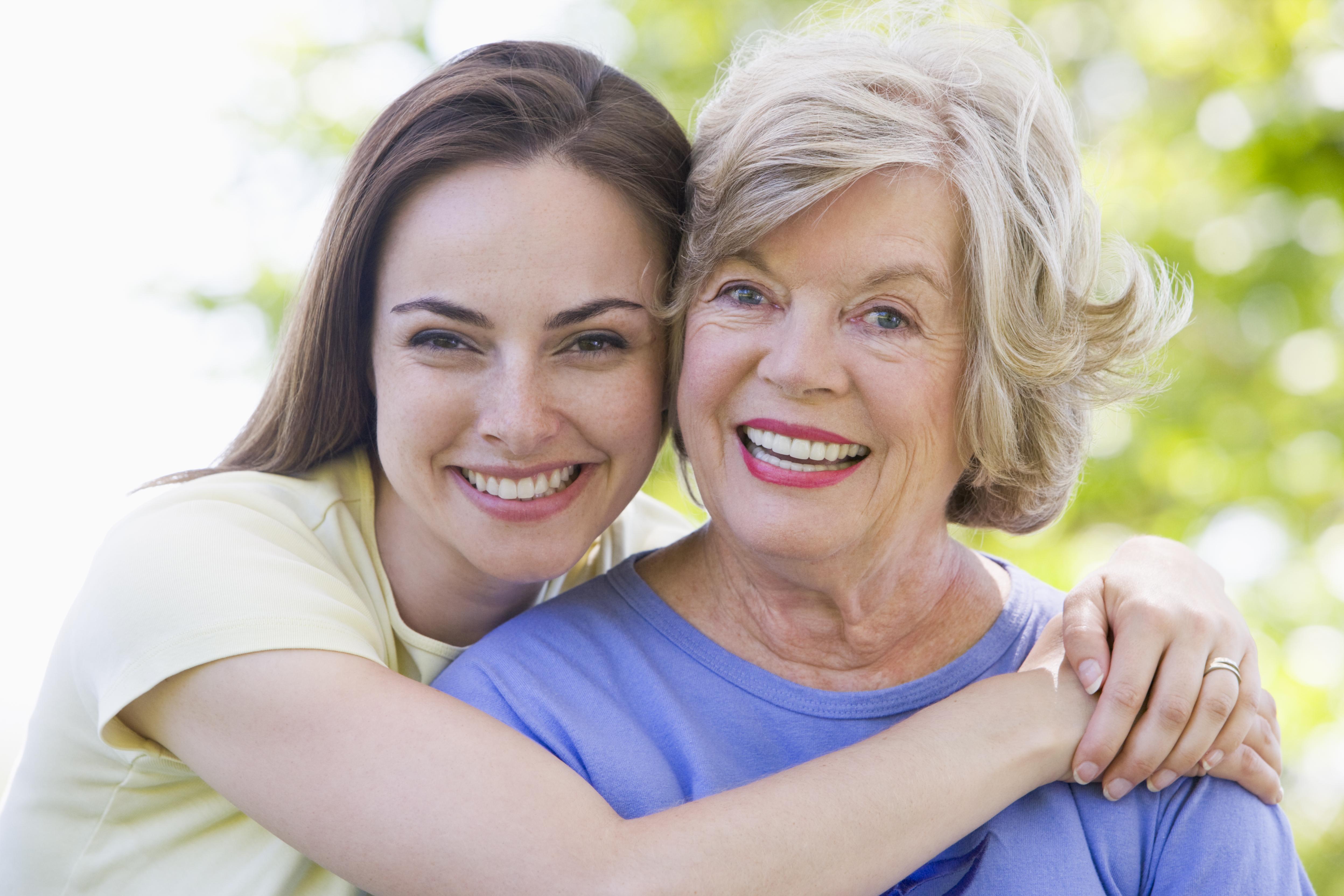 две пожилые и молодой эротика